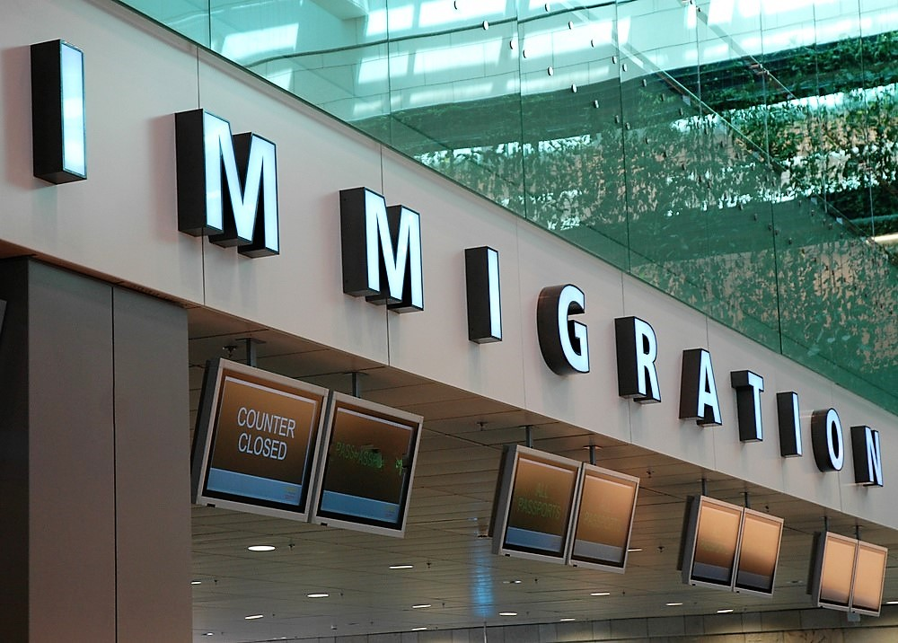 immigation Uk immigration is possible for highly skilled immigrants with an employer with a tier 2 sponsorship licence under the tier 2 visa scheme tier 2 sponsorship licence.
